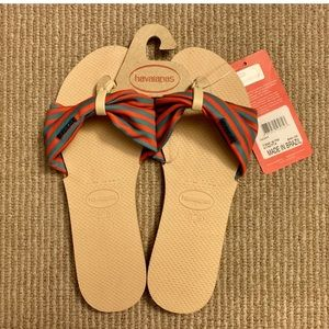 Havaianas  slippers size 8